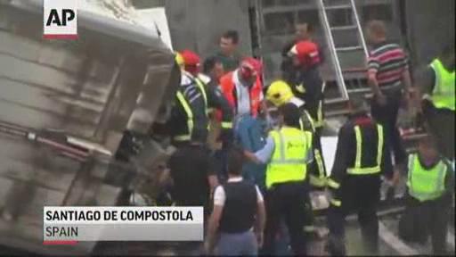 西班牙列车脱轨事故56死