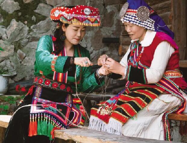 古韵傈绣:非遗与时尚的完美融合