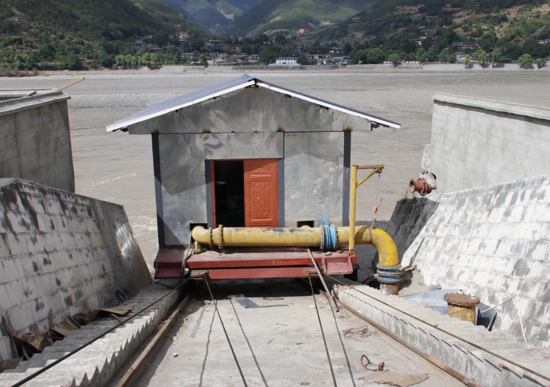 香格里拉市抢修恢复23座沿江泵站