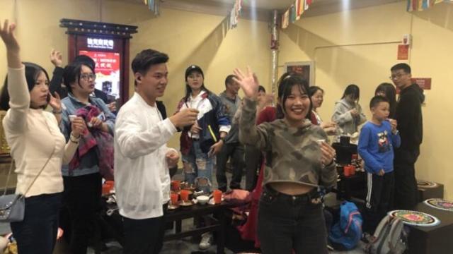 宴遇·香格里拉藏八宝千人长街宴受欢迎