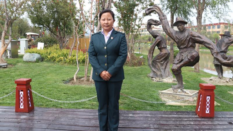 尼玛拉木、李瑞英等人将赴京参加国庆观礼活动