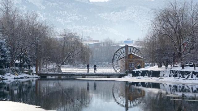 冬季到香格里拉来看雪