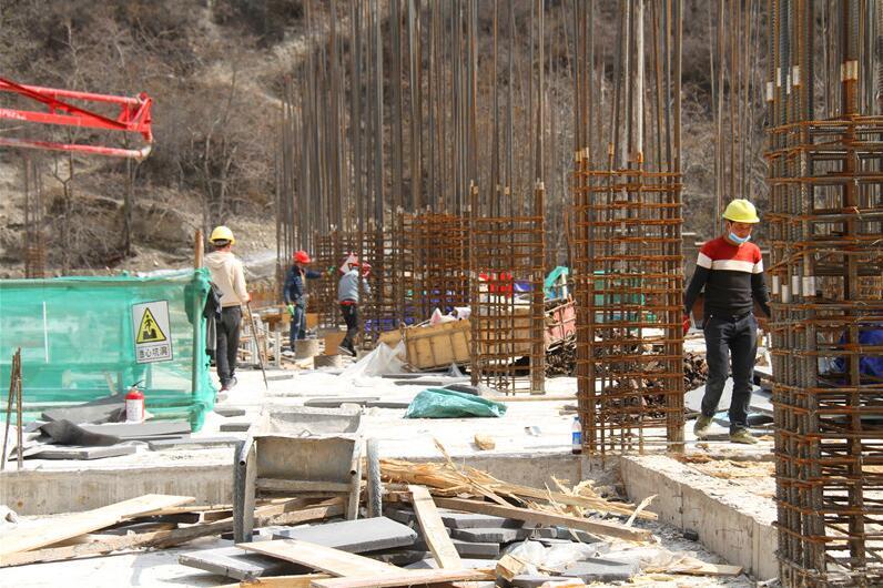云南藏区供暖(德钦片区)项目有序复工建设