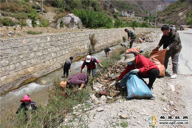 吴西龙河道垃圾得到全面清理