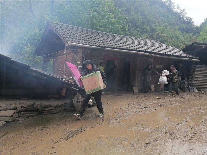 维西县康普乡扎子村发生泥石流灾害无人员伤亡