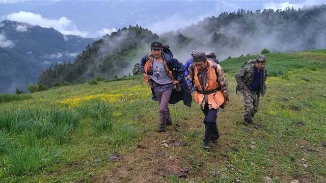 上江林场开展森林巡护工作