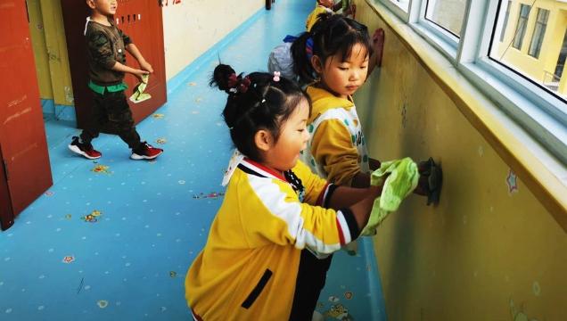 【爱国卫生运动】开发区幼儿园积极开展爱国卫生运动