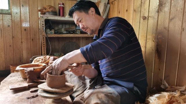 一抔泥土、一个小罐,讲述一段跨越千年的民族传承